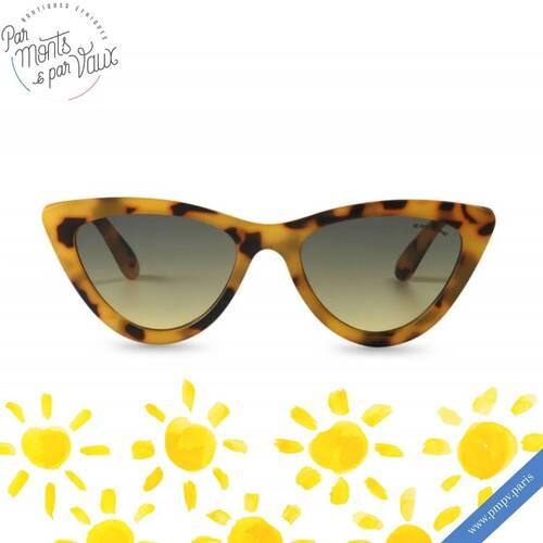 Le beau temps est de retour ! ☀️   C'est le moment de sortir les lunettes pour protéger vos yeux du soleil avec style, et il y en a pour tous les goûts !   Le + : les verres fabriqués par le groupe français Essilor sont filtre UV 3.   Plus de modèles sur notre e-shop 👉🏻 www.pmpv.paris   #pmpv#pmpvparis#soleil#lunette#lunettedesoleil#boulognebillancourt#conceptstore#ethique#ecoresponsable#excape#eshop